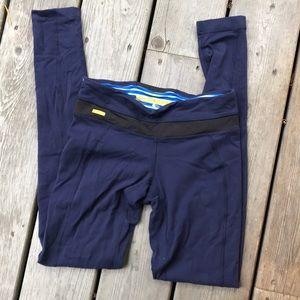 Athletic leggings